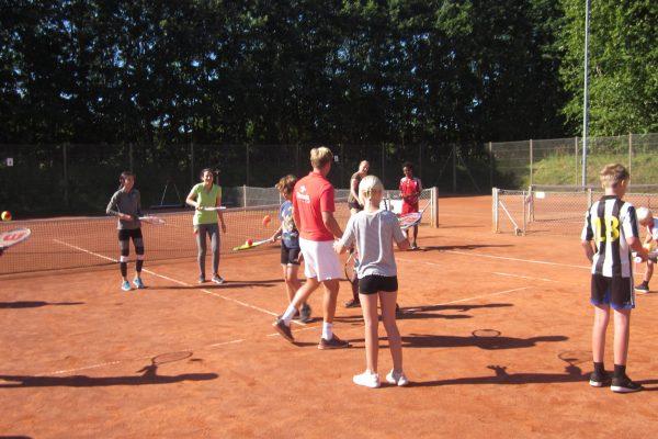 Tennisskole dag 1 2018 021