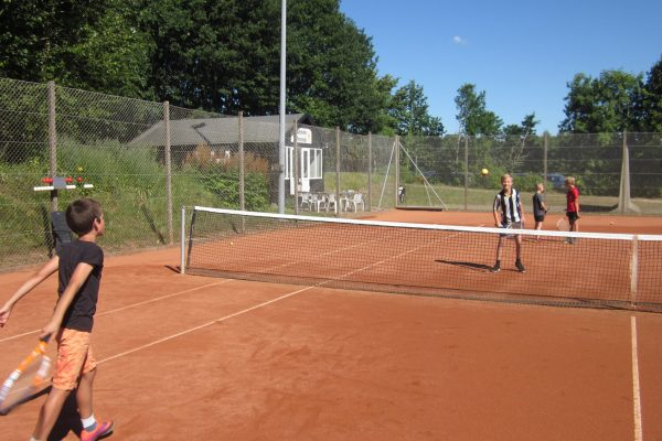 Tennisskole dag 1 2018 031